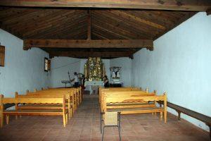 interior ermita de Los Santos de La Piedra